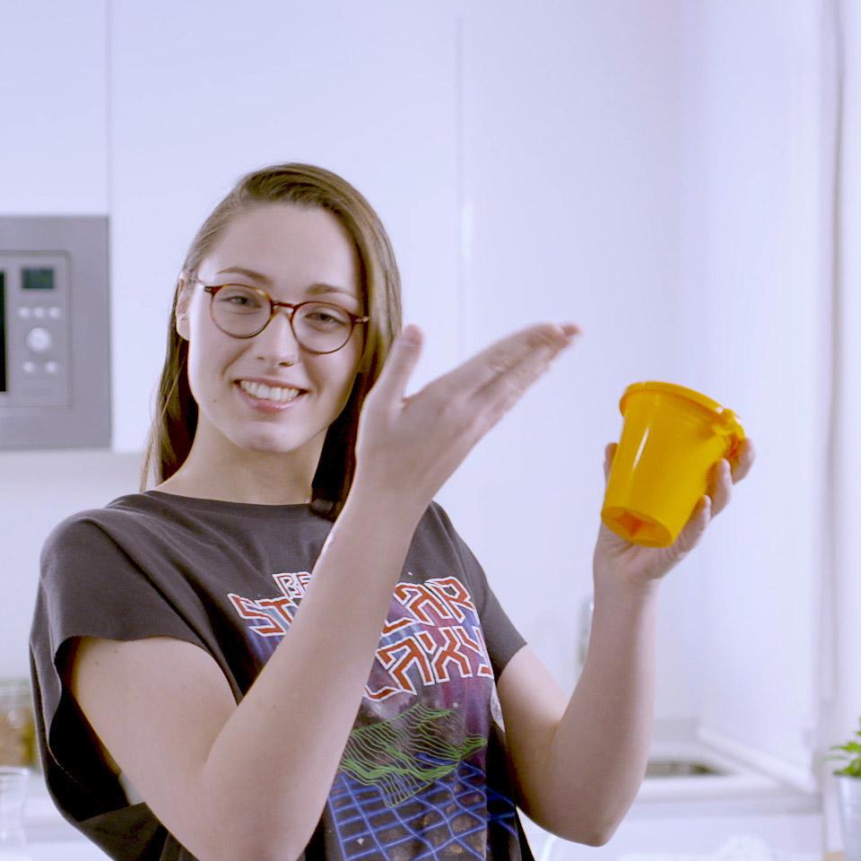 Presentando un vaso de twiss glass