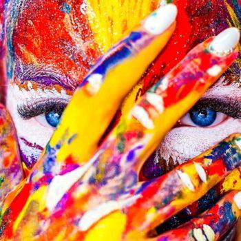 Bloc con cara pintada. Agencia Amundsen